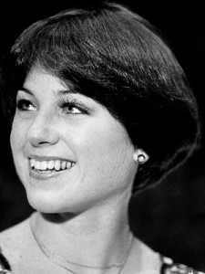 Dorothy-Hamill-Wedge-Haircut